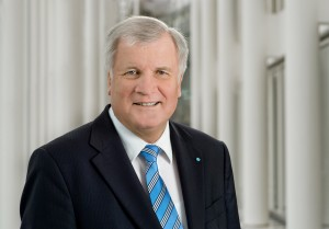 horst-seehofer-portrait